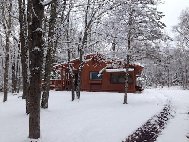Cozy Copper Range Comfort Cabin