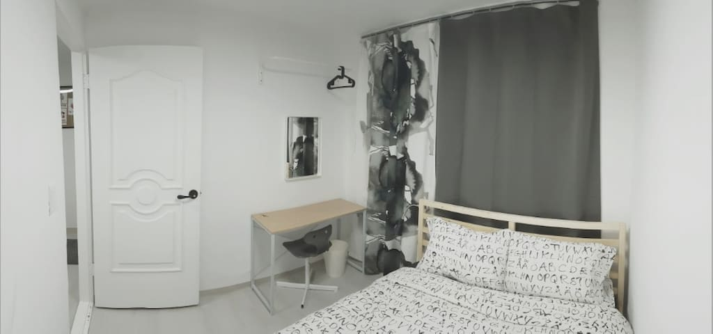 "Jamsil ""Comestay"" ES - Double bedroom near stn!!"