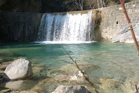 pace e serenità- Mare-Monti-Torrente - Rocchetta Nervina
