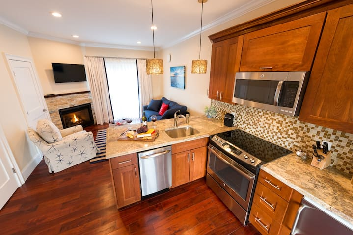 2-Bedroom Suite Located on Beautiful Property