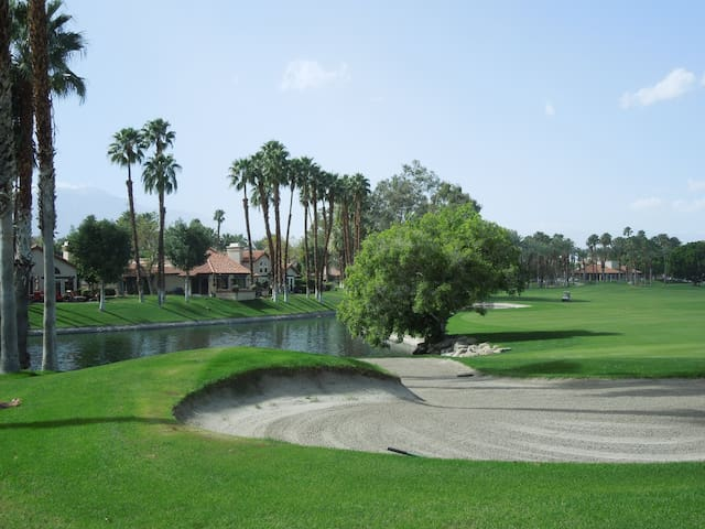 Paradise in Desert Falls Country Club