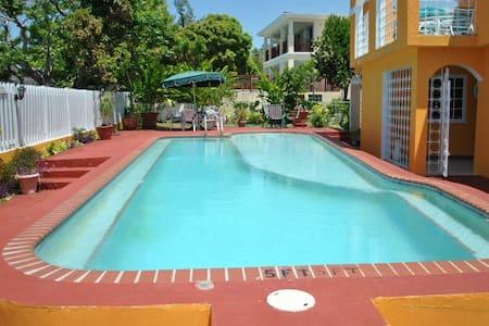 LA HACIENDA Silver Sands, Jamaica - Duncans - Villa