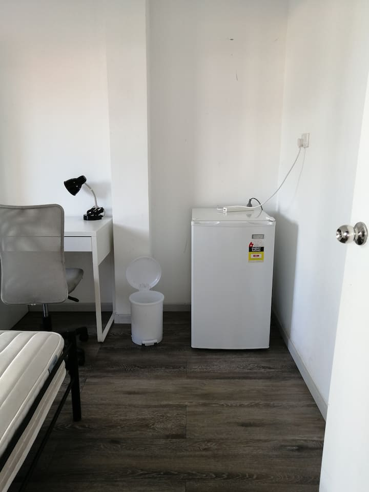 Private Room for Rent in South Brisbane
