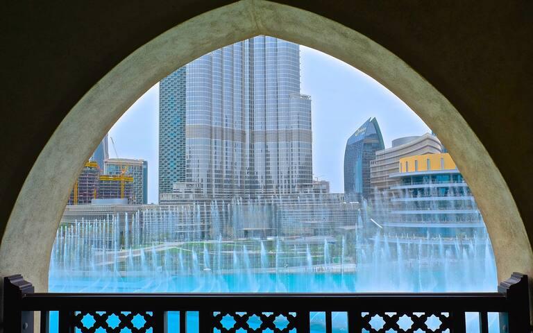 Enjoy FULL Fountain and Burj Khalifa View!