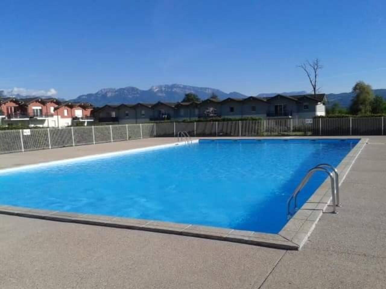 Profitez de la piscine dès la mi juin