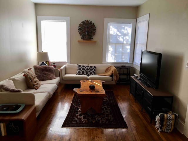 Private Apartment Great for Long or Short stay.
