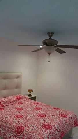 ventilador techo, si no quieres poner aire acondicionado, habitación #2
