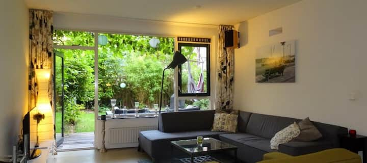 Modern & comfy apartment in heart of Rotterdam