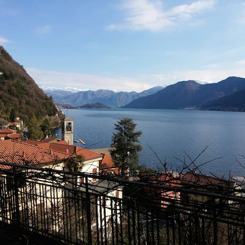 Property Bellavista,spectacular view on the lake