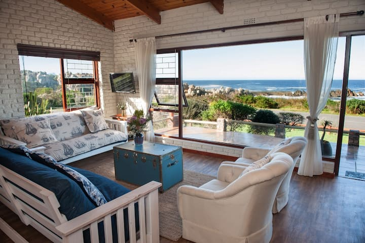 Kleinmond seafront beach house