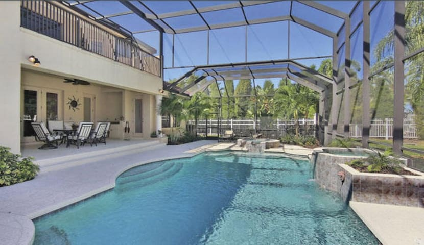 Florida Mansion at an affordable price - Lakewood Ranch - House
