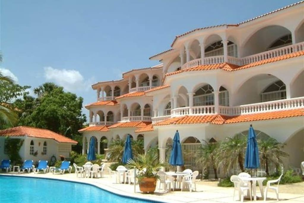 Beautiful Hideaway  Beach Resort