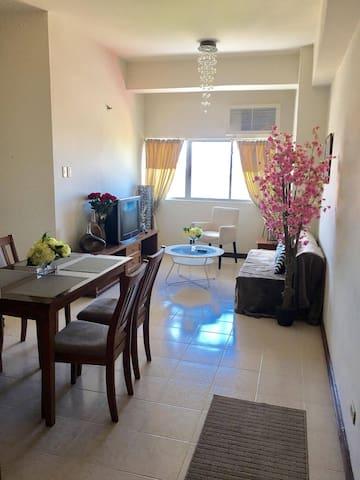 CHARMING APARTMENT . CEBU CITY AT YOUR FOOTSTEPS . - Mandaue City - Apartment