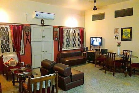 Lake Town Homestay - Kolkata - House