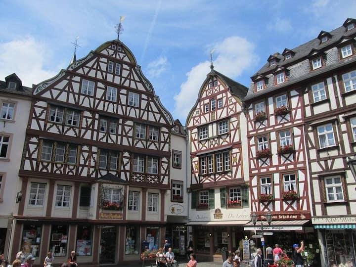 Marktplatzblick in Bernkastel