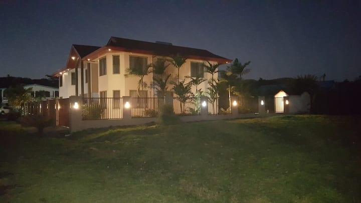 Seaview Drive, Executive Home