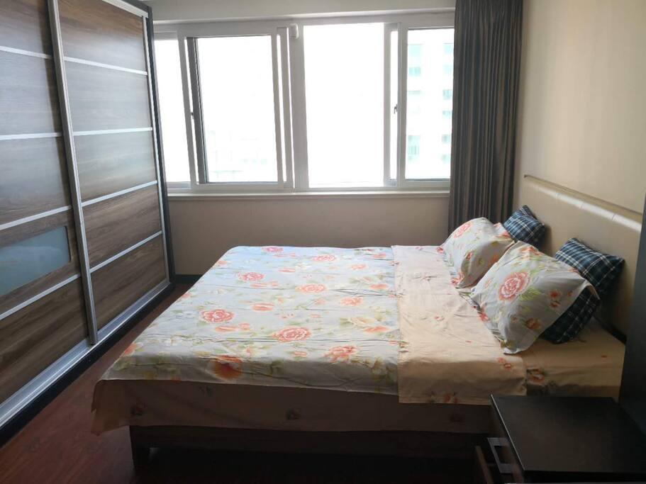 卧室(大床+衣柜)