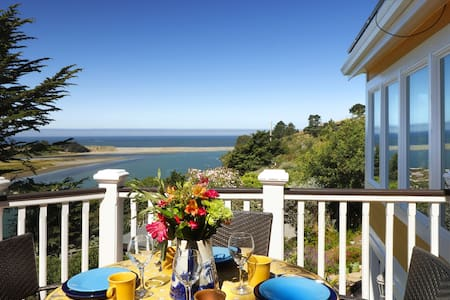 Casa Panama: Relax in Luxury on the Sonoma Coast