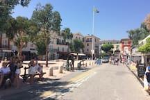 Place du marché de Port Grimaud
