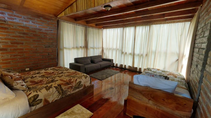 Private, Luxury, Cloud Forest Cabin in Mindo