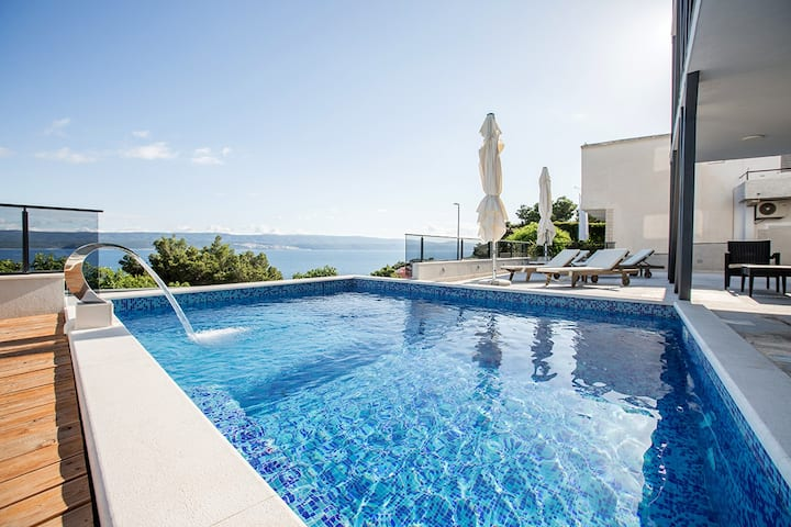 Top studio - swimming pool