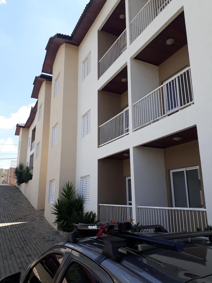 Lindo e aconchegante apartamento em Serra Negra
