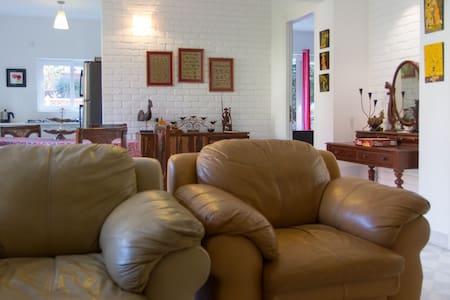 Brindas Home in Nerul close to Candolim Beach - Bardez - Apartemen