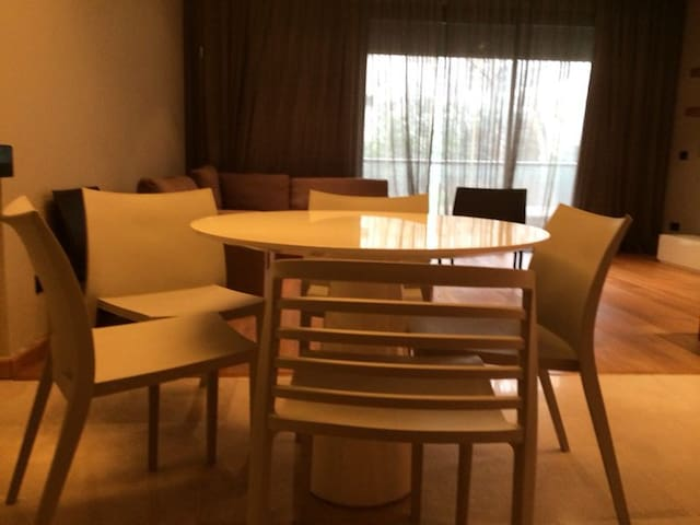 Furnished Apartment, Saifi Central District