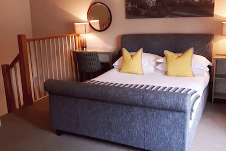 Bulmer Apartment - One bedroom duplex @ The Priory