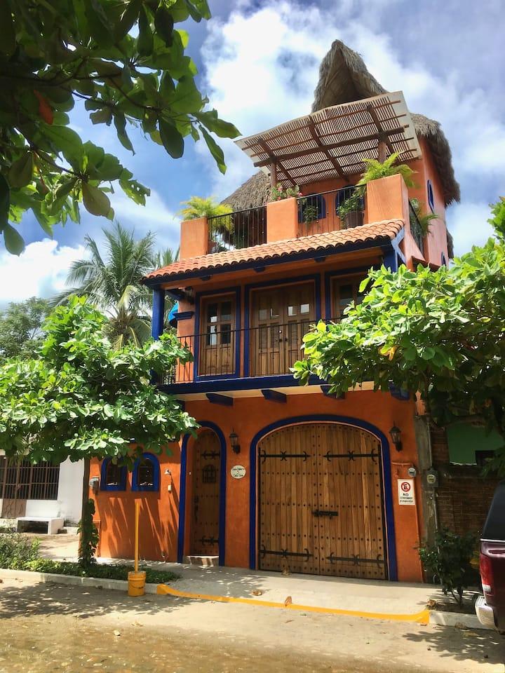 Casa Palmera