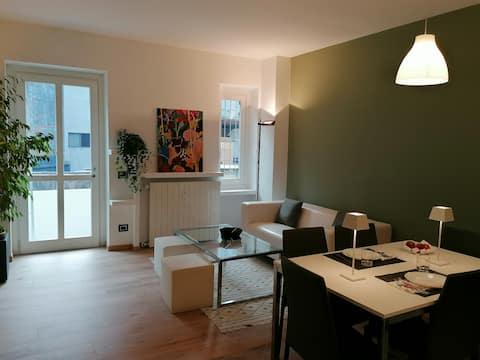 Arona02 appartamento centralissimo con dehor