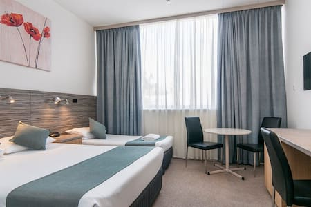 Comfort Inn Regal Park - North Adelaide - Wohnung