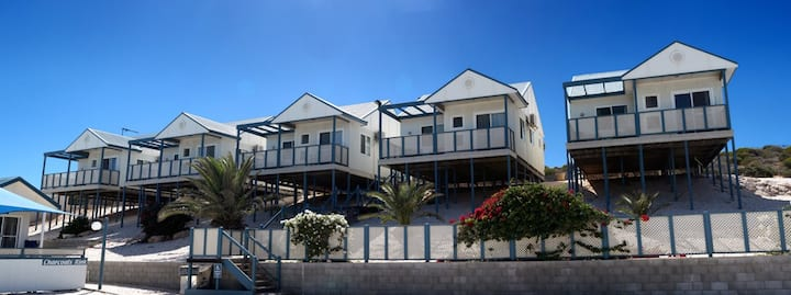 Oceanside Village - 2BR Self contained villa