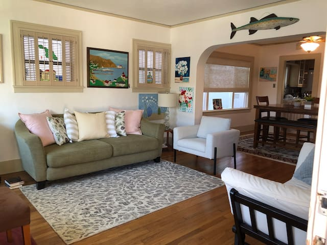 Belmont Shore Home for 2