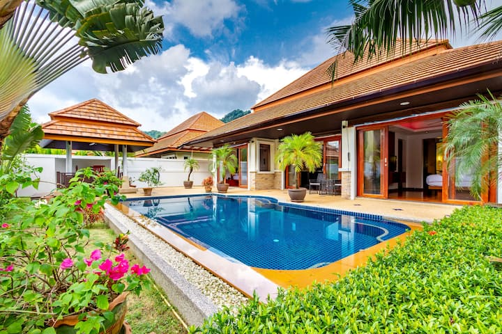 Highly Rated Convenient Thai Garden Pool Villa