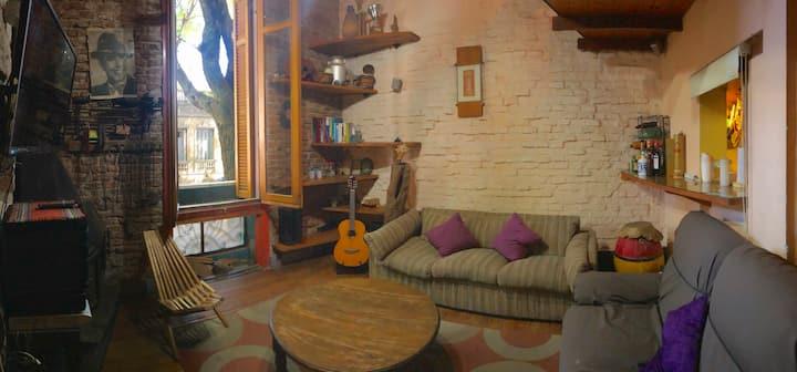 Habitaciones en casa reciclada en P. Rodó- Palermo