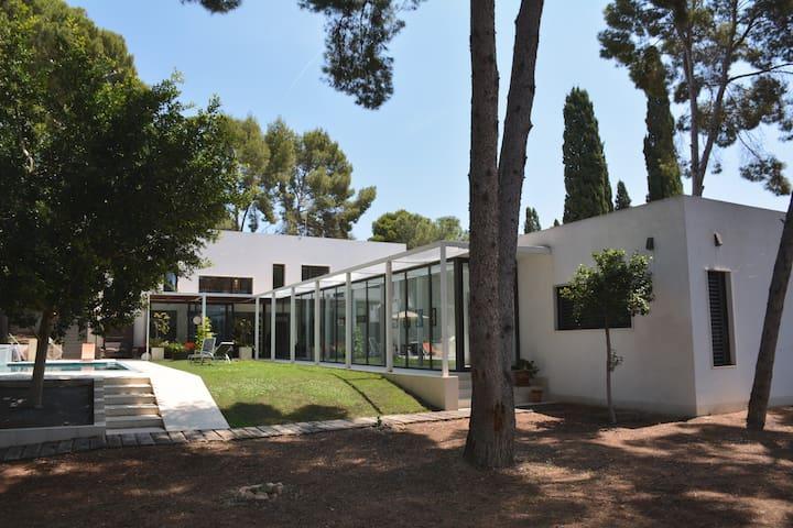 Spectacular modern new villa in Betera