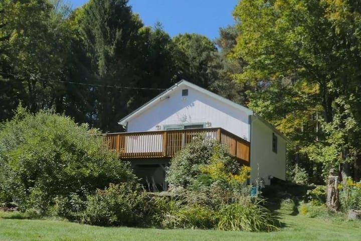 Roxbury Cabin