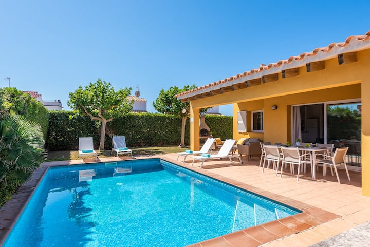 Villa Laura - 350 mts from the beach