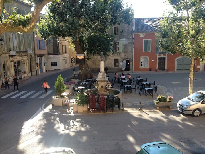 Bel appartement au centre du village.