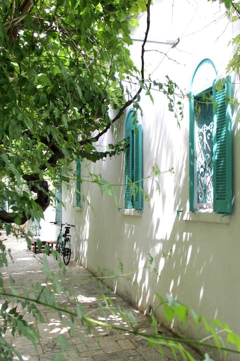 Chambre pirate : Ancien couvent de la medina