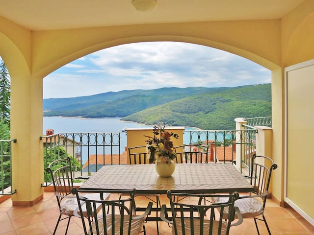 Holiday Apartment Veronika for 5 persons in Rabac