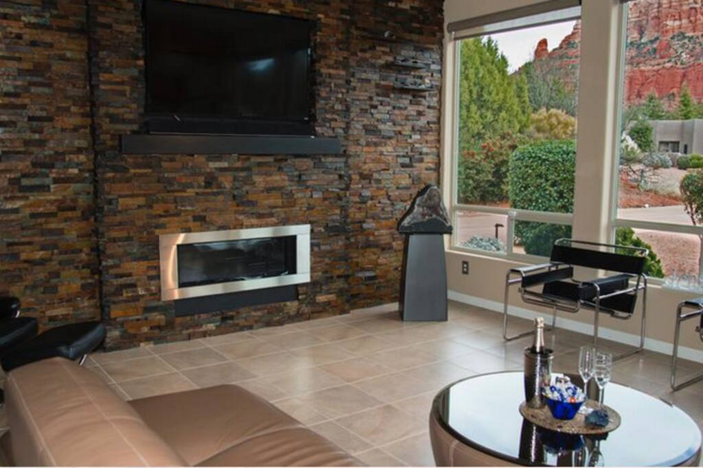 Napoleon Gas  Fireplace - Living Room with a red rock view