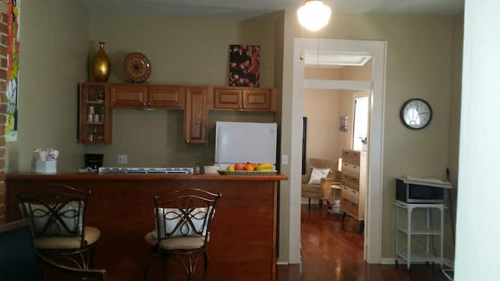 Private Mid City Gem, 1 Bedroom near City Park