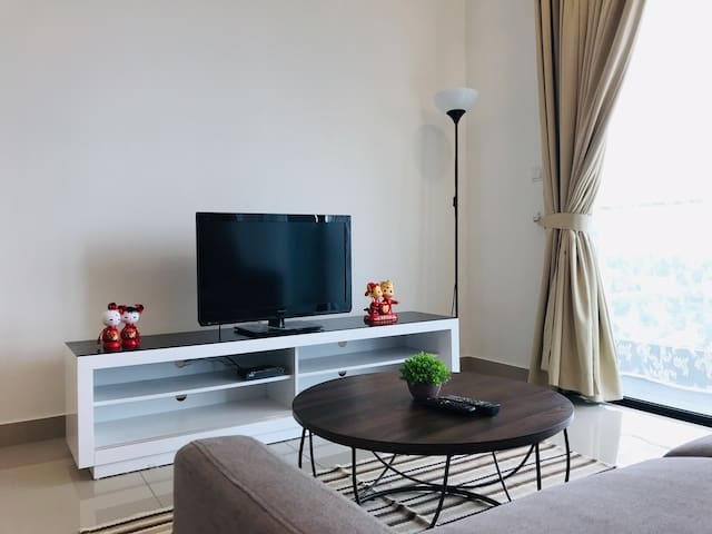 Premium Private Deluxe Room near Mid Valley City