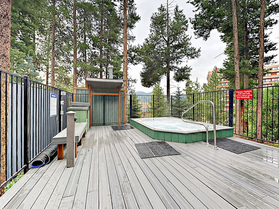 Los Pinos amenities include a shared hot tub and pool.
