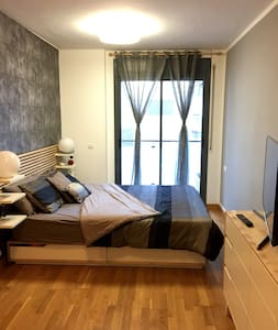 BIG DOUBLE ROOM! with bathroom and terrace private - Barcelona