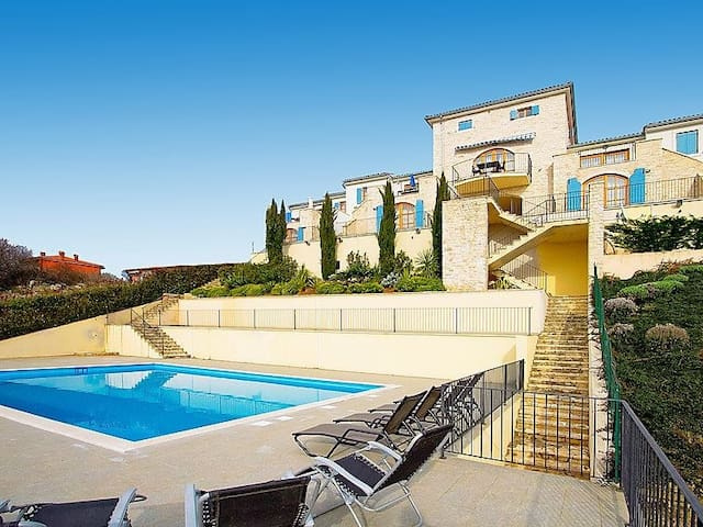 Self catered luxury townhouse Rodwell Istria Buje - Buje - Lejlighed