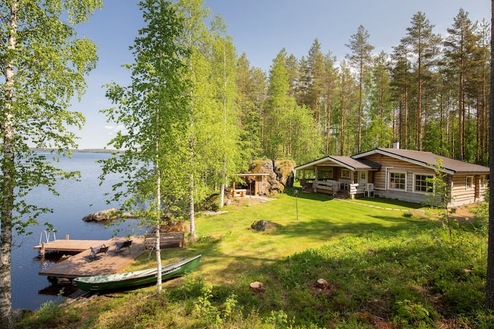Hiidenkivi - Raudanniemi, with private beach