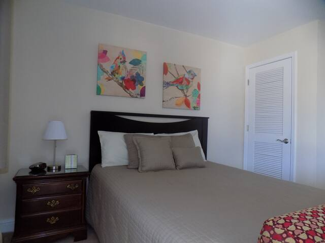 Studio furnished - beach, casino and Keesler